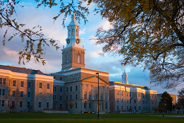 University at Buffalo, Hayes Hall
